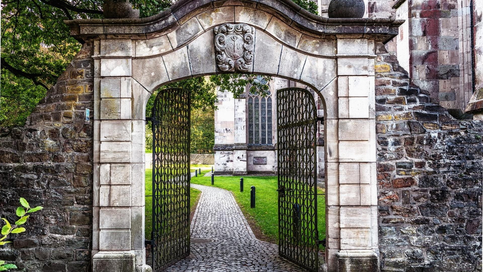 Pourquoi opter pour un portail en aluminium ?